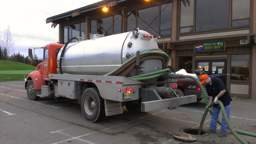 10,000 Gallon Holding Tank